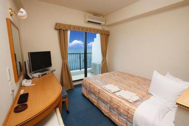 Le Naha Beach Side Hotel - chambre